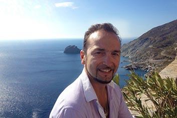 Mr Giannakopoulos